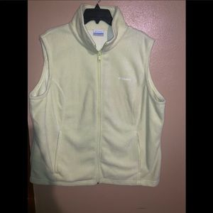 Colombia vest only worn 2 times very cute